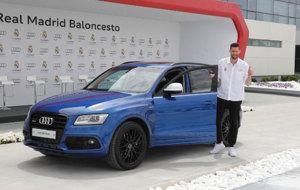 Rudy Fern�ndez recibe su Audi SQ5 3.0 TDI.