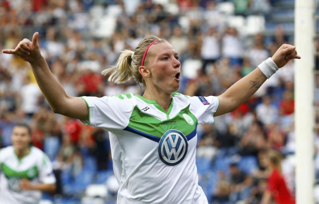 Alexandra Popp celebra el gol del empate.