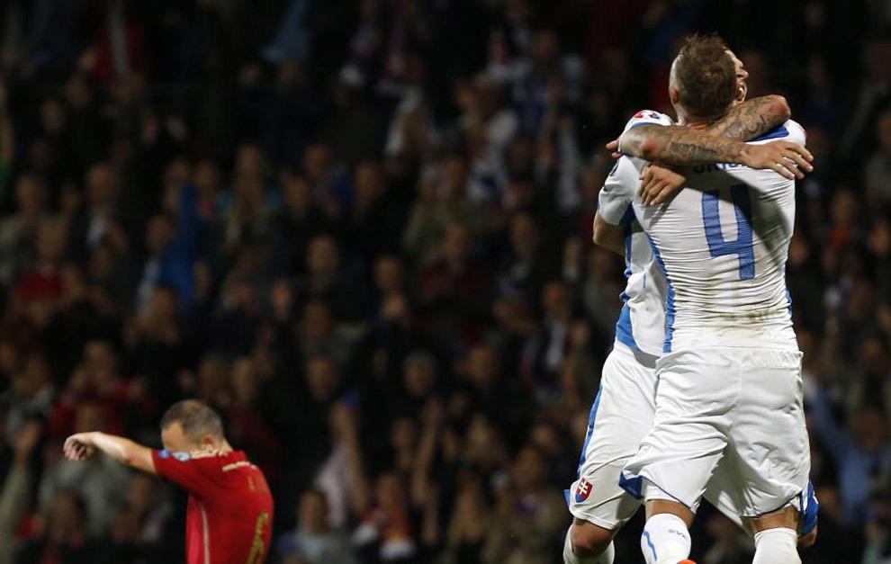 Partido valedero para la clasificación de la Eurocopa 2016 entre...