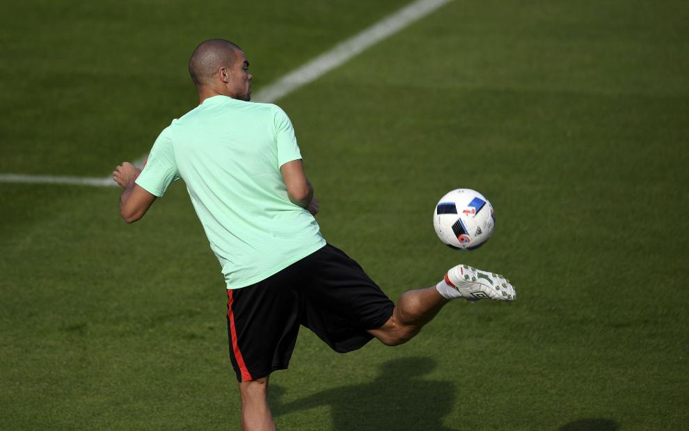 Pepe, jugador brasileño de Portugal.
