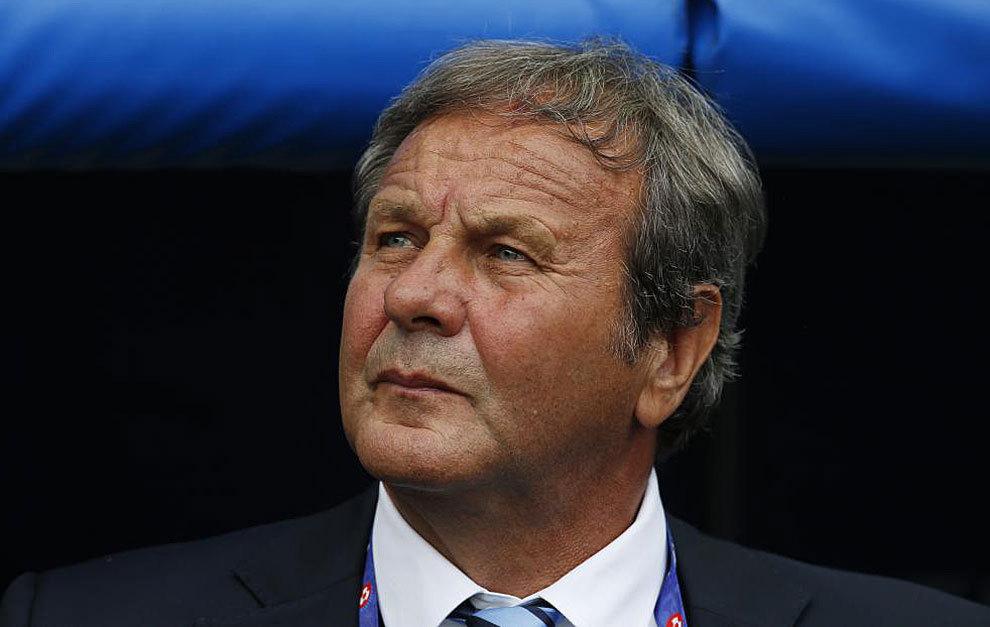 Kozak durante el partido frente a Gales.