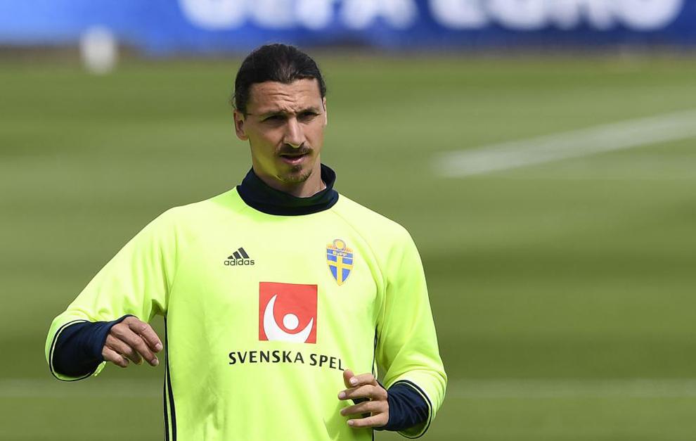 Ibrahimovic en un entrenamiento con Suecia