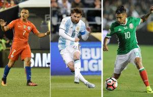 Alexis S�nchez, Leo Messi y Tecatito Corona.