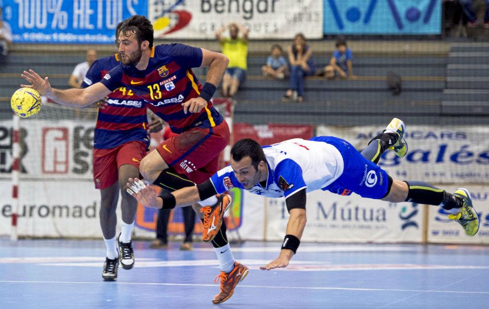 Aitor Ariño y Marc García, en el Barça-Granollers de la temporada...