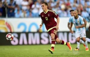 Seijas lanza su penalti ante Argentina.