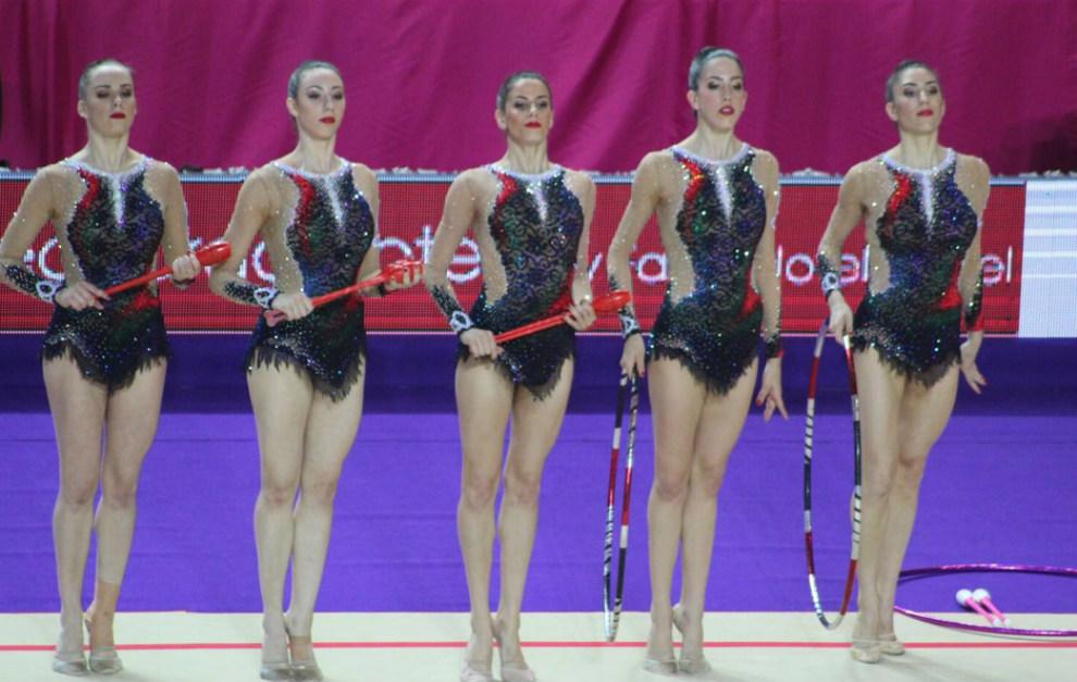 El conjunto español recibe la medalla de plata en tres mazas y dos...