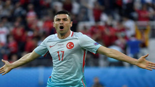 Yilmaz celebra uno de sus goles.