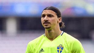 Ibrahimovic, en un entrenamiento con Suecia