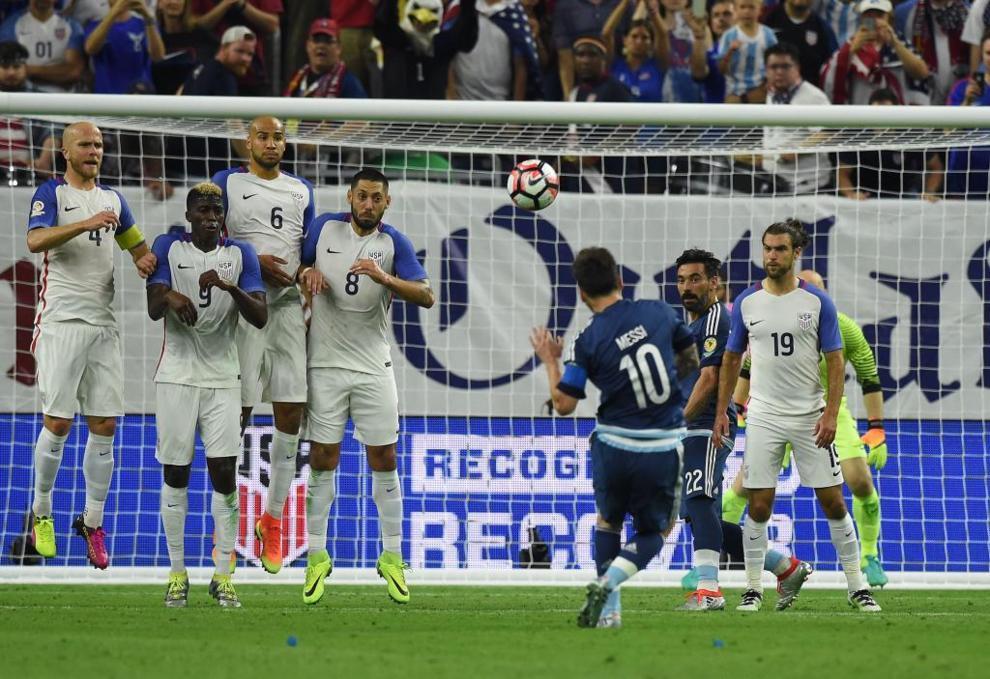 Messi se inventó un golazo histórico de falta ante Estados Unidos.
