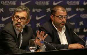 Crist�bal Martell y Rom�n G�mez Ponti durante la rueda de prensa