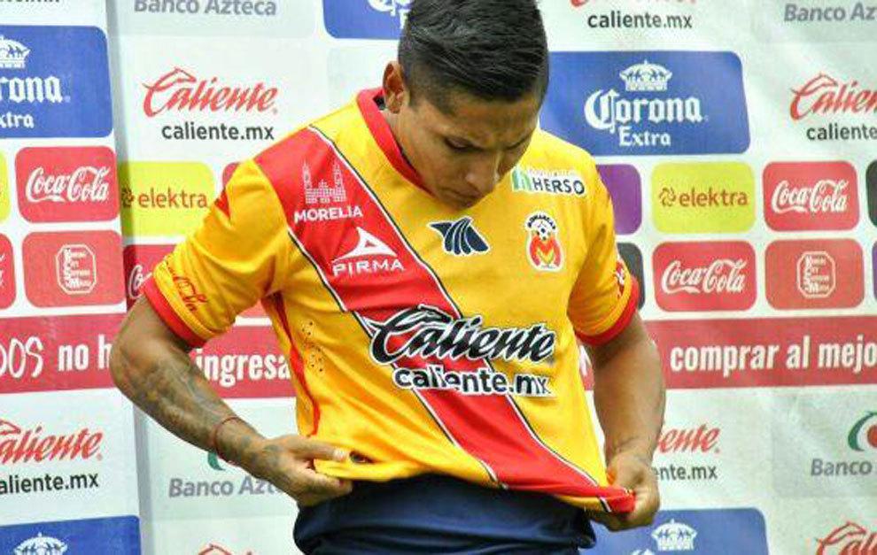 El peruano Ruidíaz en su presentación.