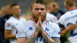 Gunnarsson pide perdón a la afición islandesa