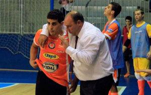 El entrenador del Aspil afronta con ilusi�n una nueva temporada.