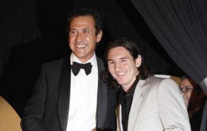 Valdano y Messi en un acto el 2007.