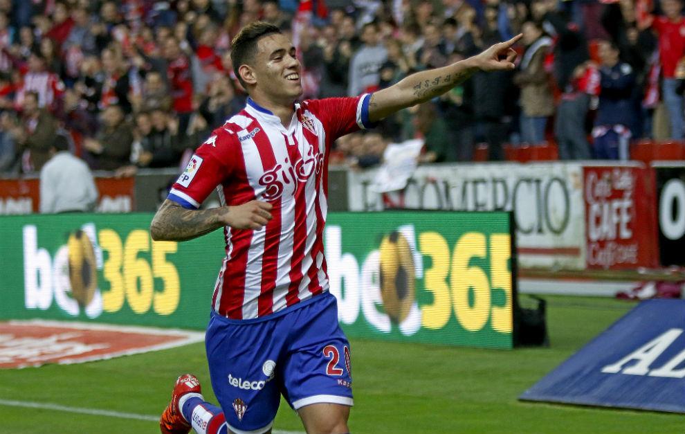 Sanabria, celebrando un gol con el Sporting
