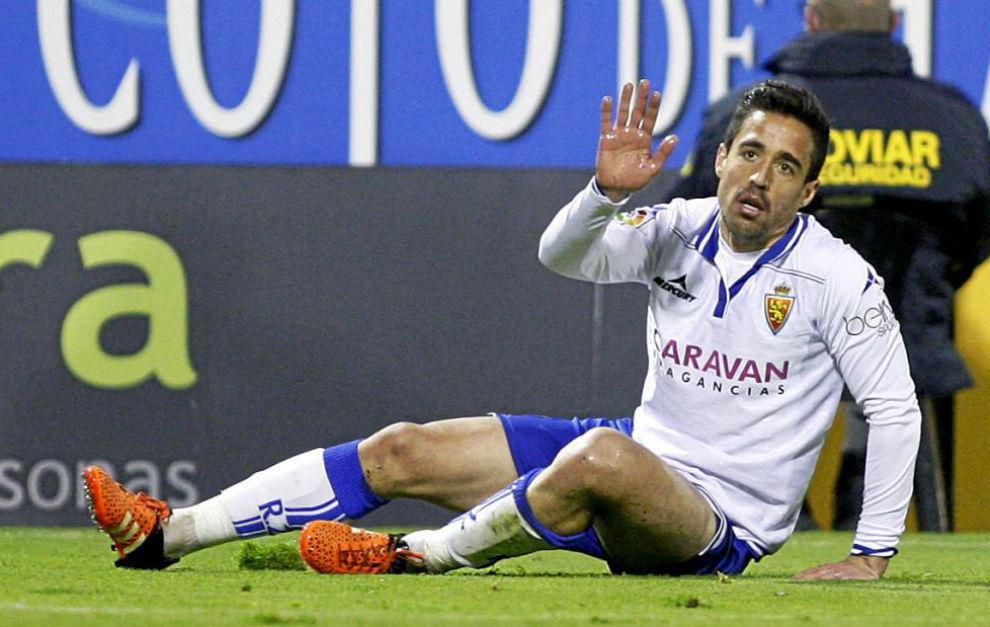 Pedro, en un partido con el Real Zaragoza.