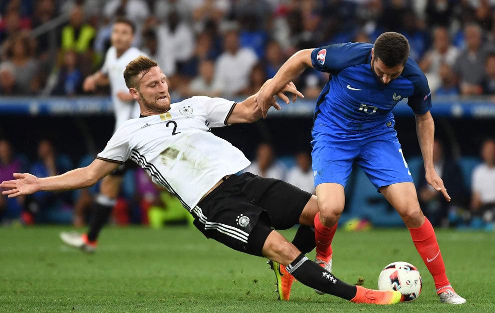 Encuentro entre Alemania y Francia en la semifinal de la Eurocopa.