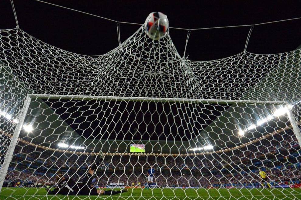 Barzagli logró anotar su penalty en la tanda frente a Alemania. Sin...