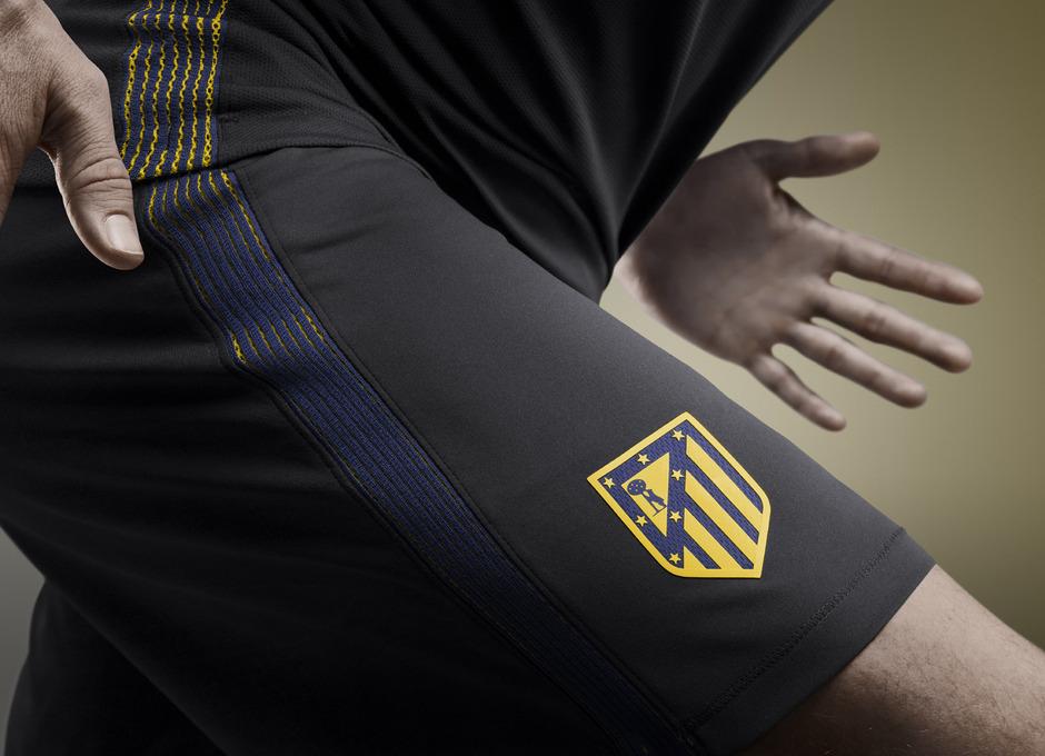 Así es la nueva equipación del Atlético - El Atlético de Madrid presentó  este jueves su...  8815610454125