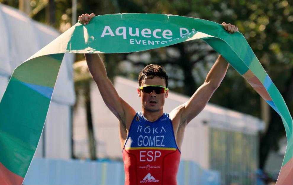 Gómez Noya, durante una competición