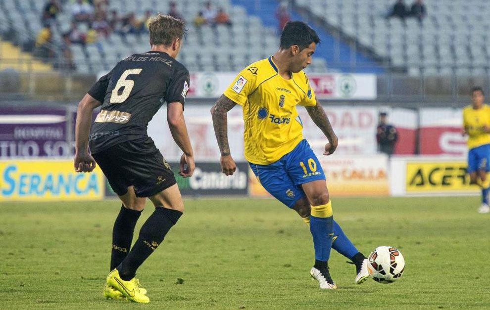 Araujo durante un partido en el Estadio de Gran Canaria