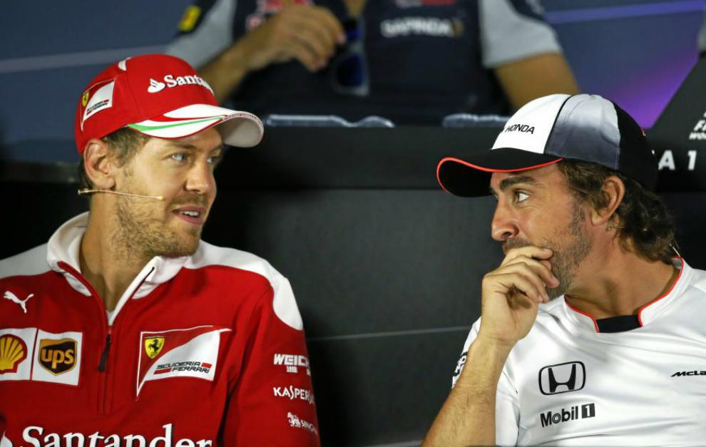 Vettel y Alonso en la rueda de prensa de Baku.