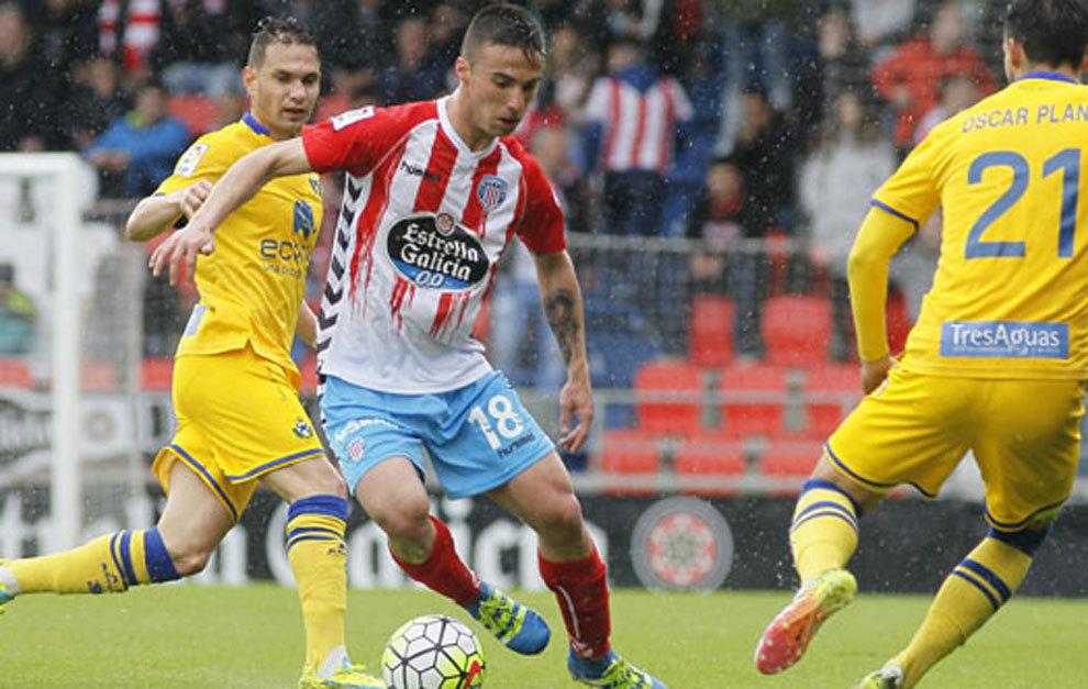 Sergio Marcos en un partido con el Lugo.