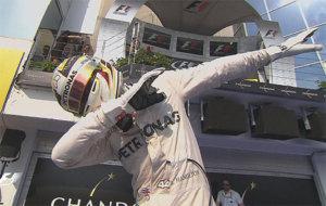 Hamilton celebra a lo Usain Bolt su triunfo en Hungaroring