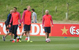 Messi volvi� a lucir su nuevo 'look' en su segundo...