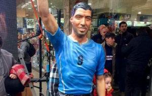 Estatua de Luis Su�rez