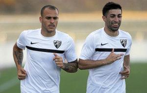 Sandro y Michael Santos en un entrenamiento con el M�laga