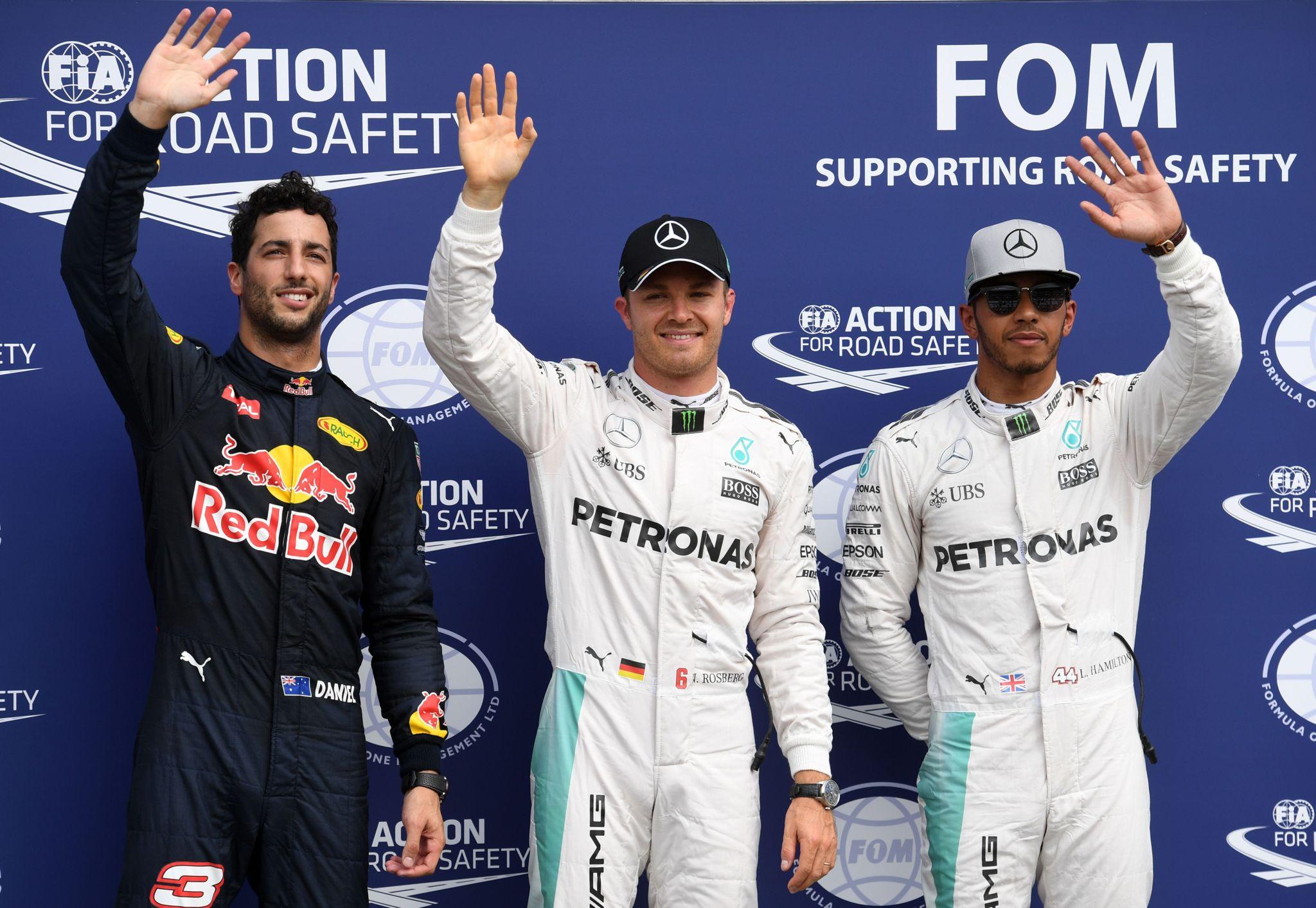 Rosberg, Hamilton y Ricciardo, los más rápidos en la calificación...