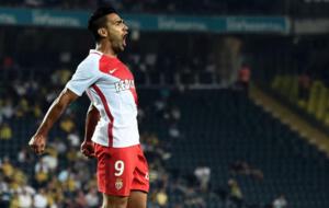Falcao celebra su gol ante el Fenerbahce