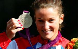 Lizzie Armistead con la plata de Londres 2012
