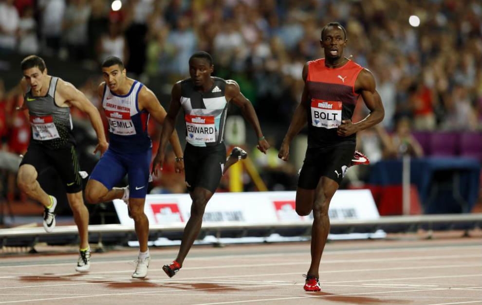 A la izquierda Bruno Hortelano en la carrera de 200 metros en Londres.