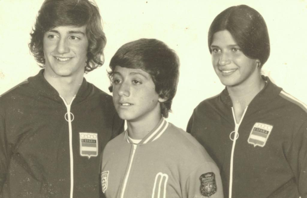 Albert Estiarte, Manel Estiarte y Rosa Estiarte, en una imagen con la...