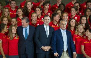 ��igo Mendez de Vigo, Mariano Rajoy y Alejandro Blanco con la...