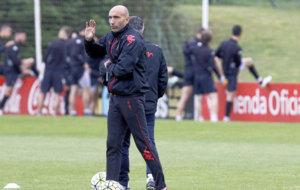 Abelardo durante un entrenamiento del Sporting
