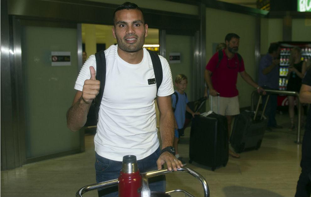 Gabriel Mercado, en su llegada al aeropuerto de San Pablo.