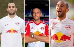 Damari con las camisetas del RB Leipzig, NY Red Bull y RB Salzburgo