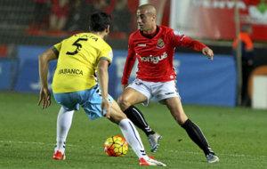 Sergio Tejera ten�a molestias en la rodilla derecha. /