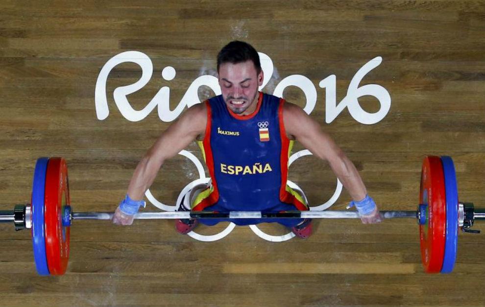 Josué Brachi, durante uno de sus intentos sobre 120 kilos en...