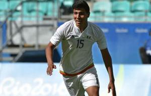 �rick Guti�rrez celebra uno de sus cuatro goles contra Fiyi.