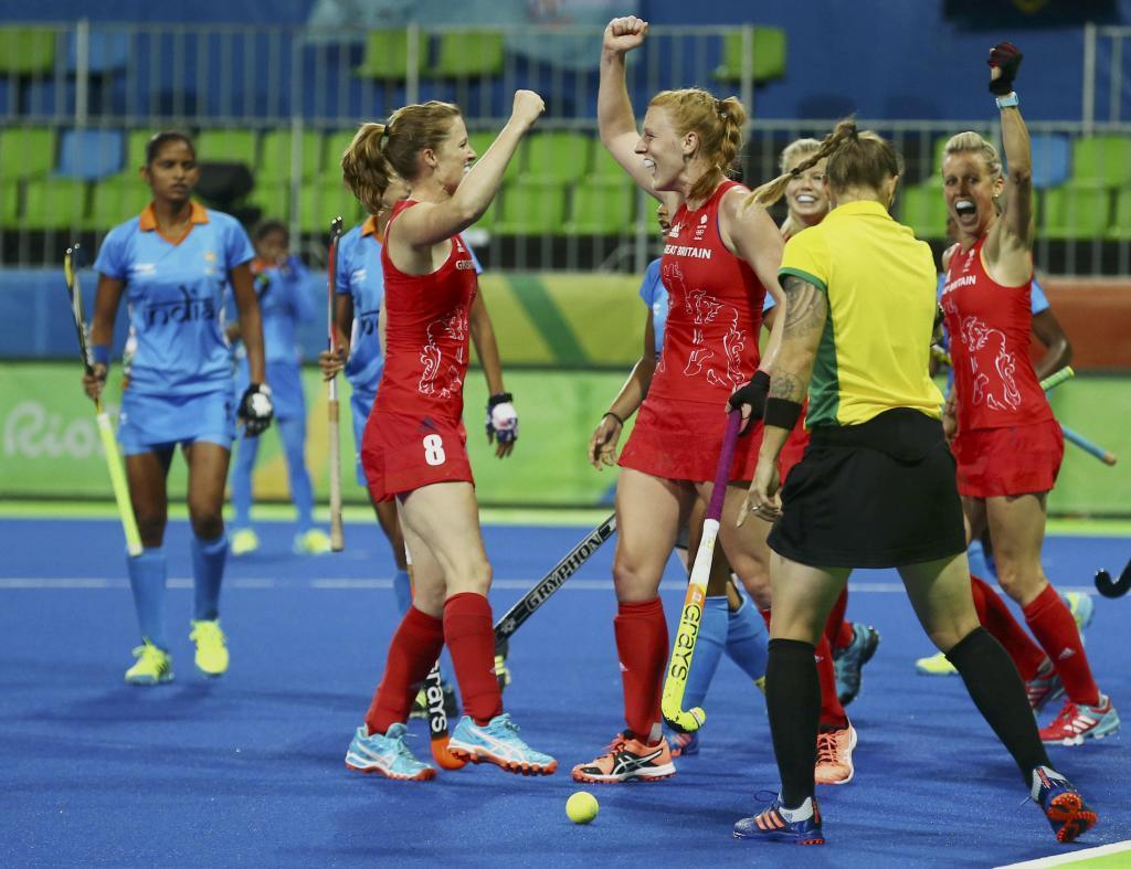 Kate y Helen Richardson-Walsh compiten juntas con la selección...