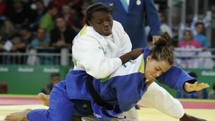 María Bérnabeu en su combate contra  Linda Bolder