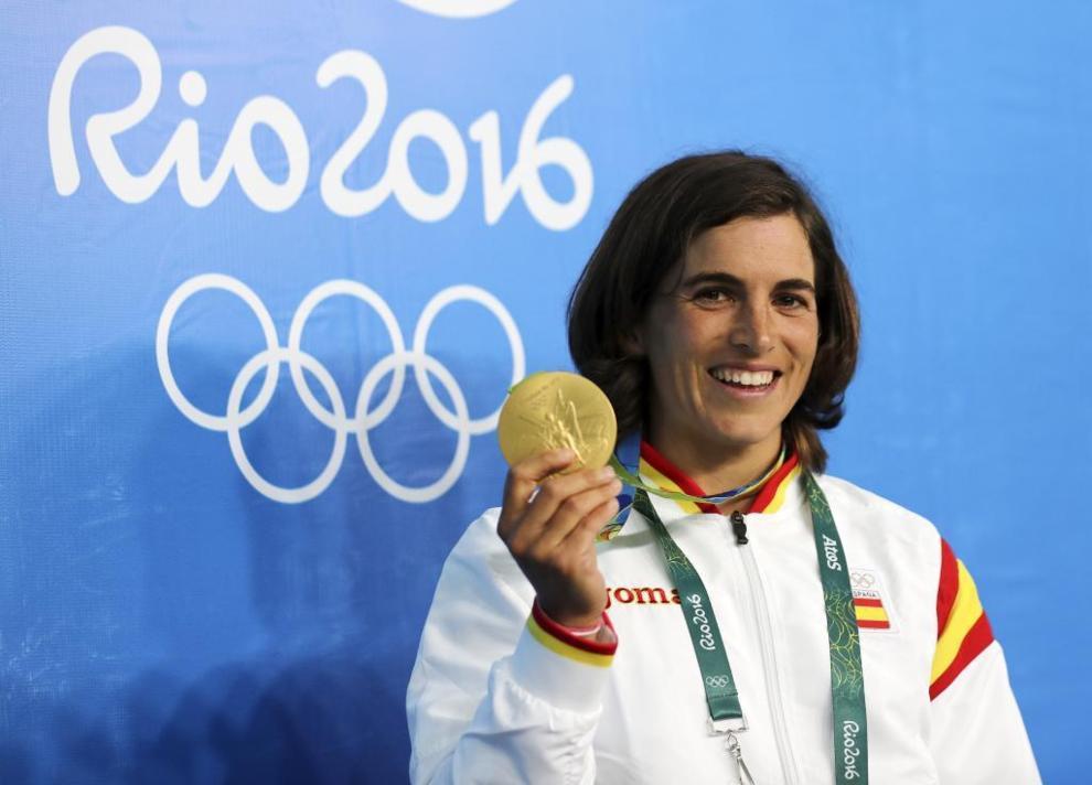Maialen Chourraut posa con su medalla de oro en Río de Janeiro.