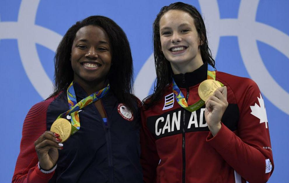 Simone Manuel y Penny Oleksiak lograron el mismo oro.