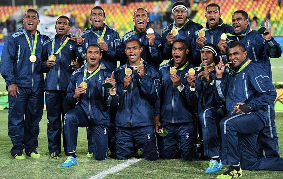 El primero oro olímpico de rugby acabó en el cuello de los fijianos