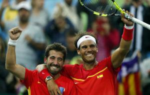 Marc López y Rafa Nadal tras un partido en Río de Janeiro.