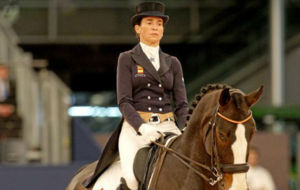 Ferrer-Salat, sobre su caballo Sir Radjah, durante el Gran Premio...